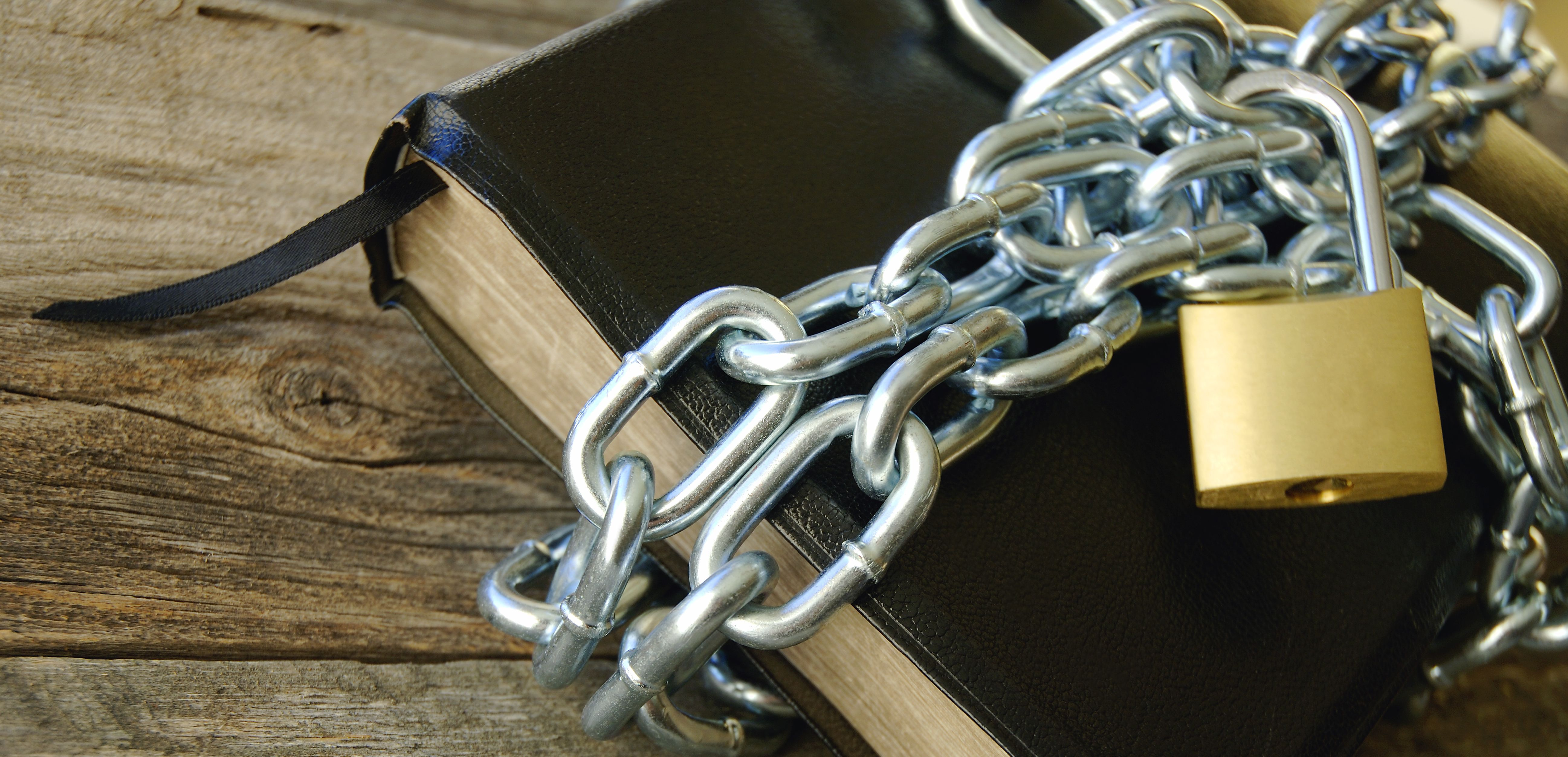 chained-bible