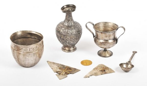 World's earliest altar vessels discovered
